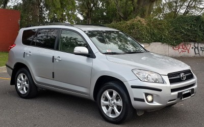 Toyota Rav-4 2.4 At 4x2 Low 2013